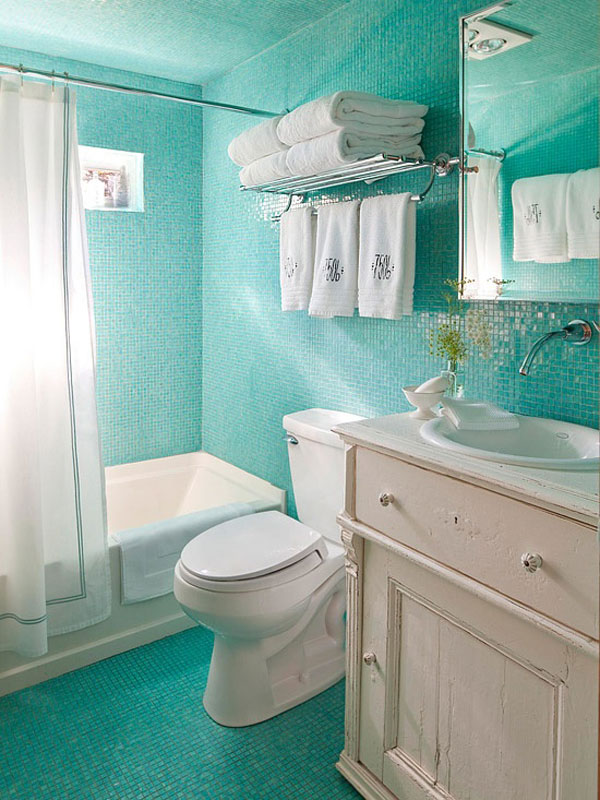 green small bathroom interior design - Small Bathroom Decorating Ideas