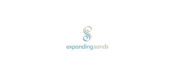 letter e logo design expanding sands