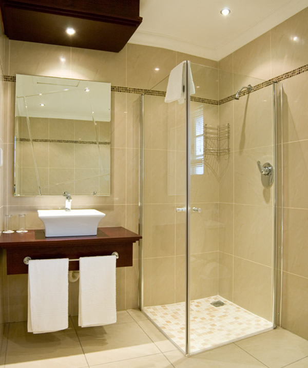 Delightful Modern Small Bathroom Designing Idea