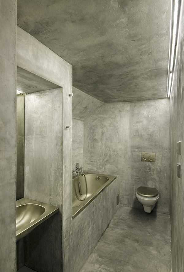 Simple Bathroom Design For Small Space : bathroom-toilet-designs-small-spaces - designwebi.com
