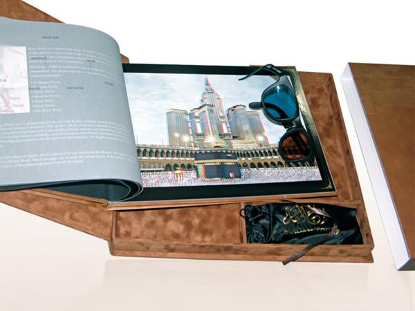 30 real estate brochure designs for inspiration hative for 3d brochure design