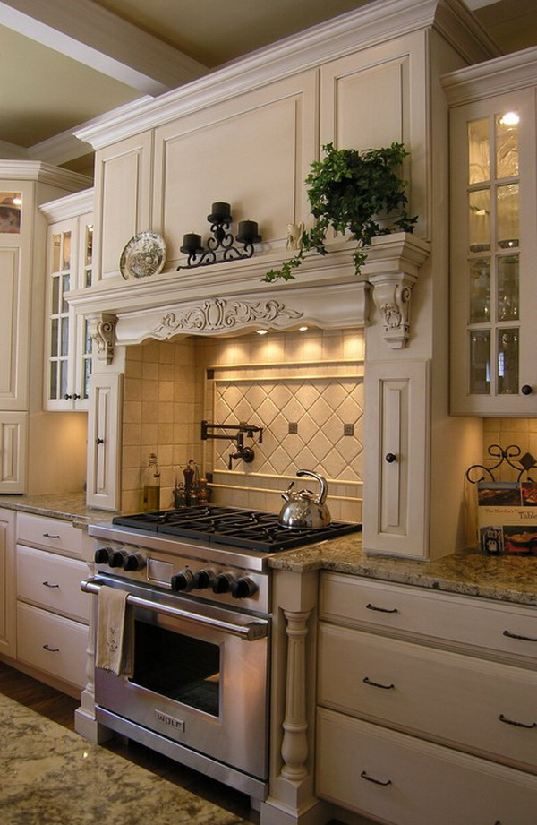 traditional kitchen idea 36