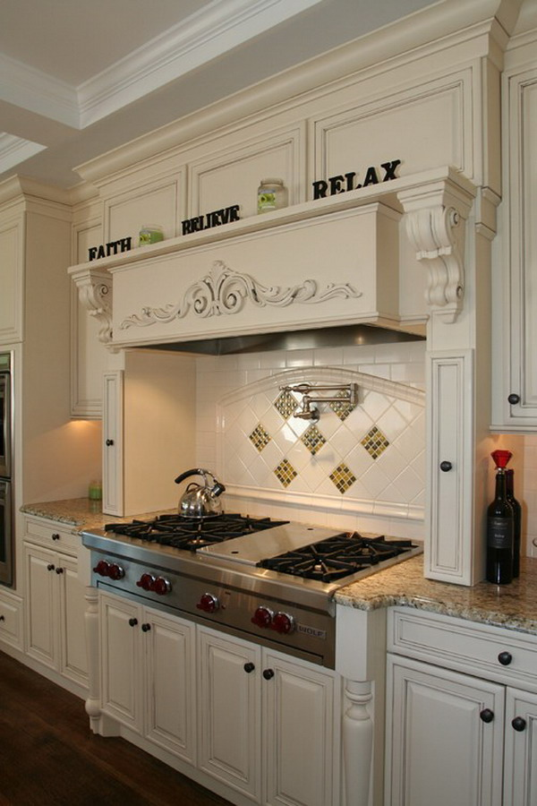 traditional kitchen idea 42