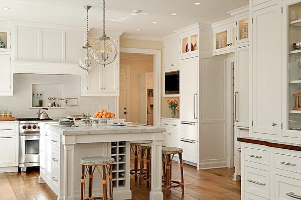 White Kitchen Decor 22