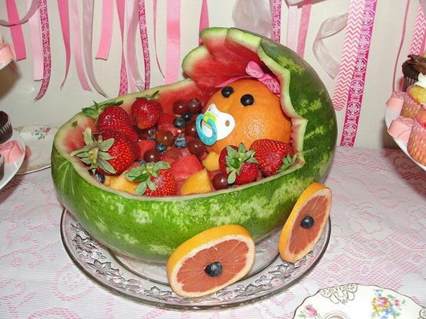 40 cute baby shower decoration ideas hative for Baby shower fruit decoration ideas