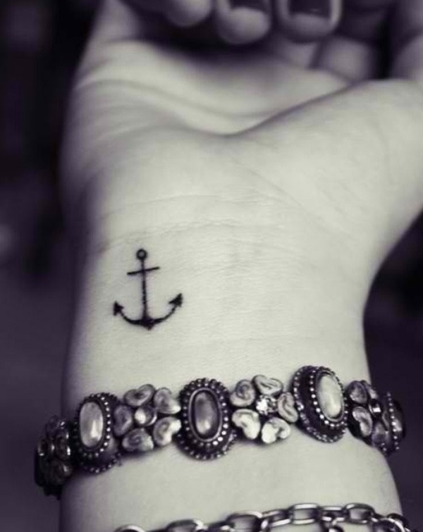 39 anchor on wrist tattoo