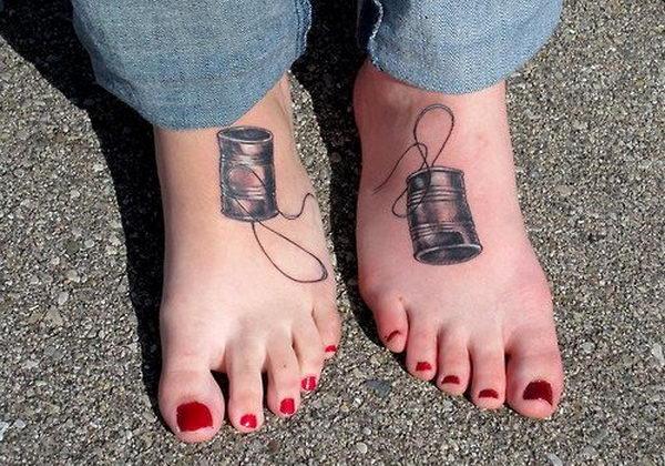 7-earphone-bff-tattoos-on-feet