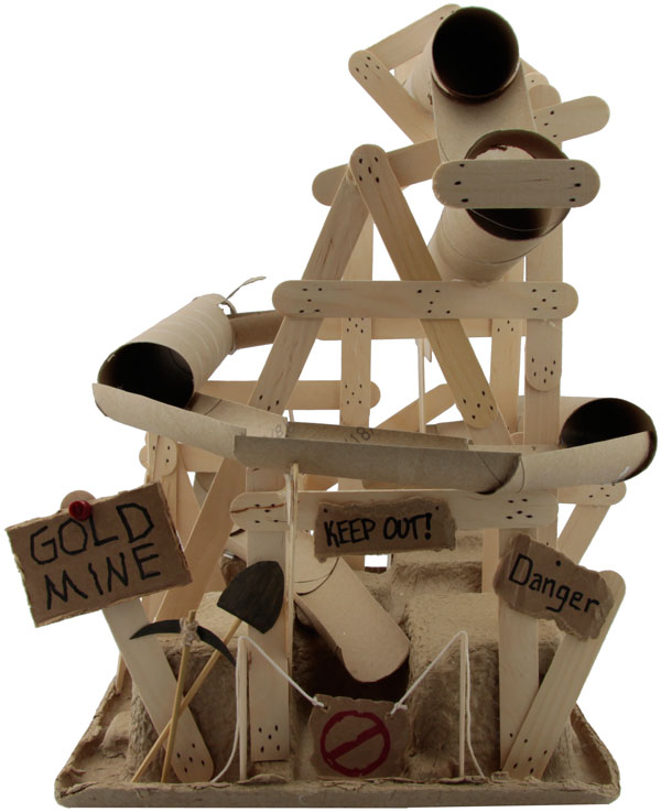 10 homemade building themed toilet paper roll crafts hative for Design your own toilet paper