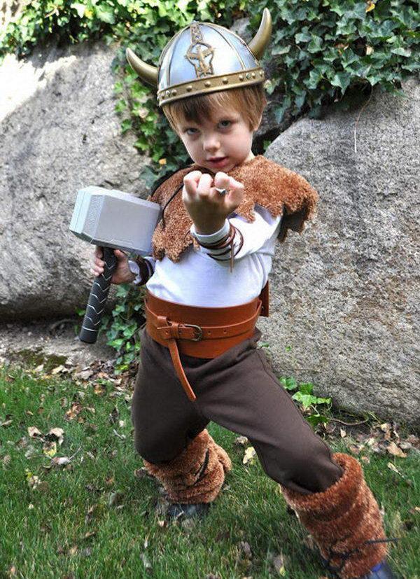 14 viking kid costume idea