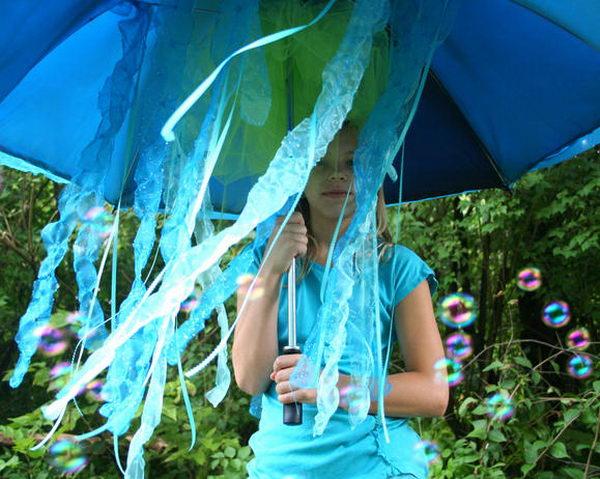 22 jellyfish kid costume idea