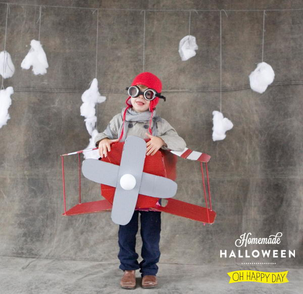 32 airplane costume idea