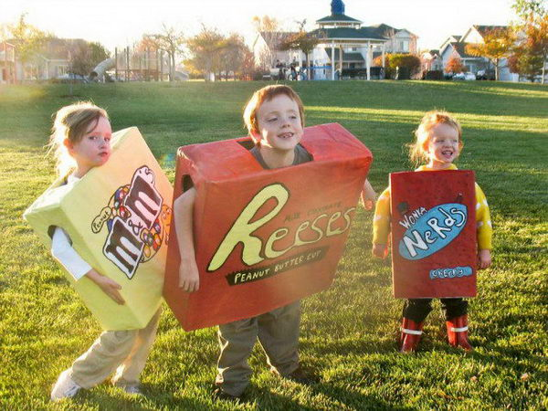 36-boxes-of-candy-kid-costume