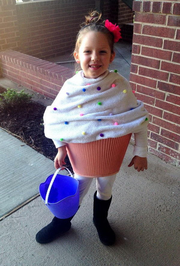 38 diy cupcake for girl  sc 1 st  Hative & 50+ Creative Homemade Halloween Costume Ideas for Kids - Hative