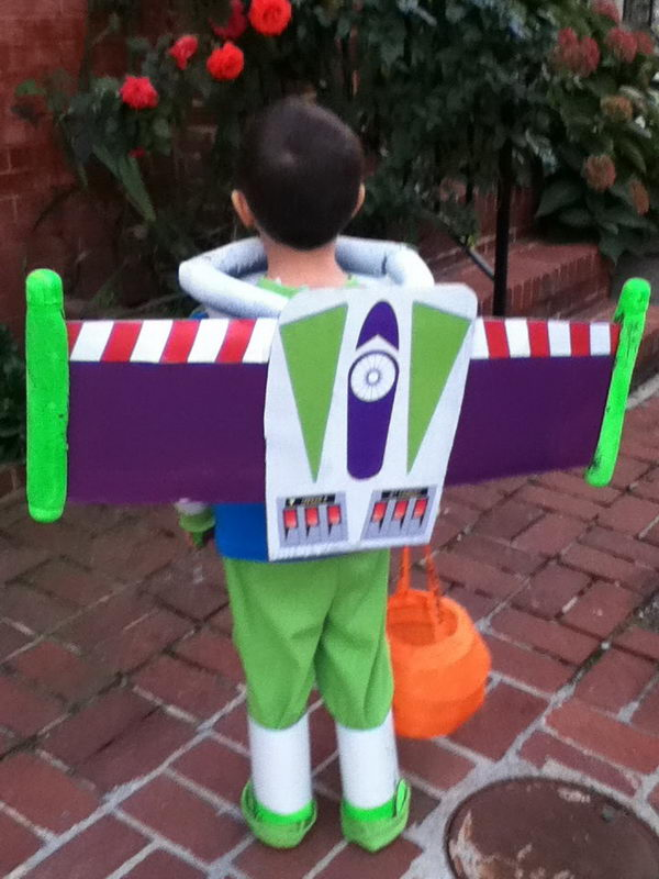52 buzz lightyear kid costume idea