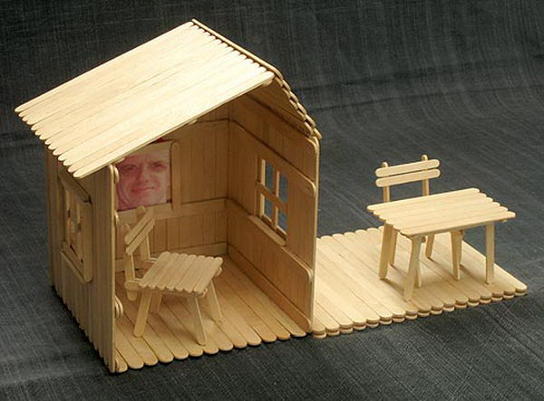 15 homemade popsicle stick house designs hative for Ideas for building with popsicle sticks