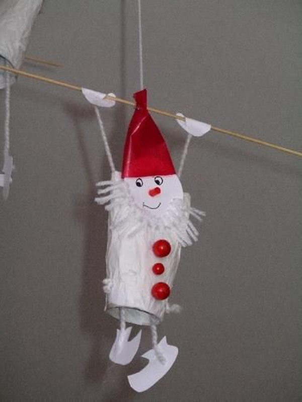 12 toilet paper roll santa http://hative.com/homemade-toilet-paper-roll-crafts/