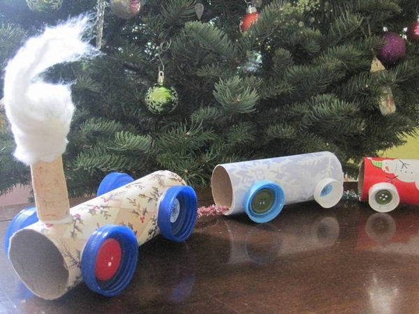 20 homemade train craft http://hative.com/homemade-transport-toilet-paper-roll-crafts/