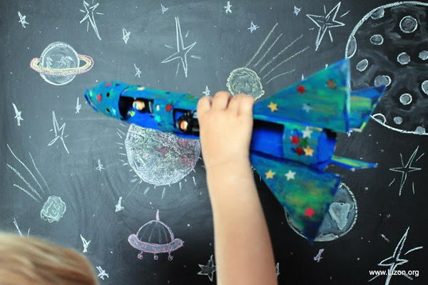 4 diy space rocket http://hative.com/homemade-transport-toilet-paper-roll-crafts/
