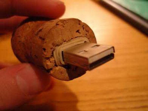 DIY Flash Drive Holder.