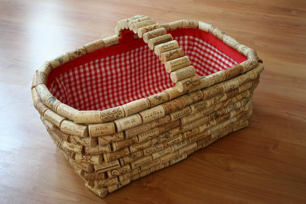 DIY Wine Cork Basket.