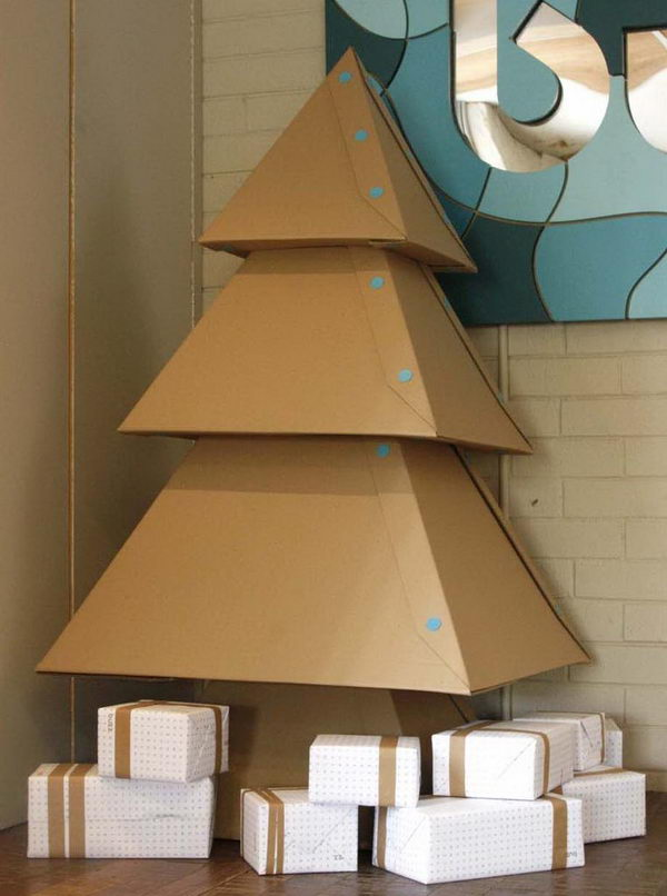 70 cool homemade cardboard craft ideas hative - Sapin en carton a fabriquer ...