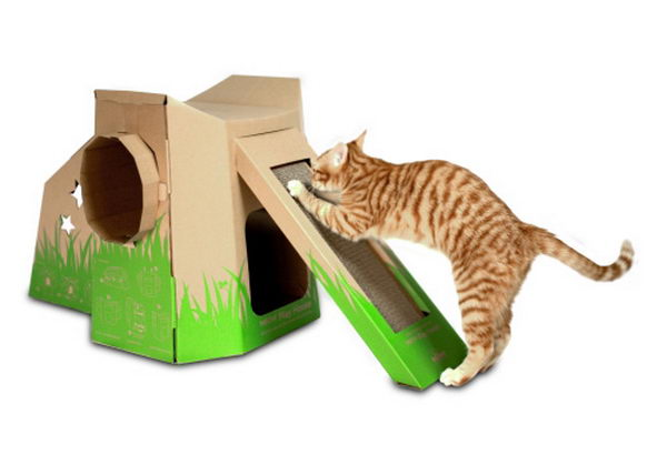 18 playhouse with slide