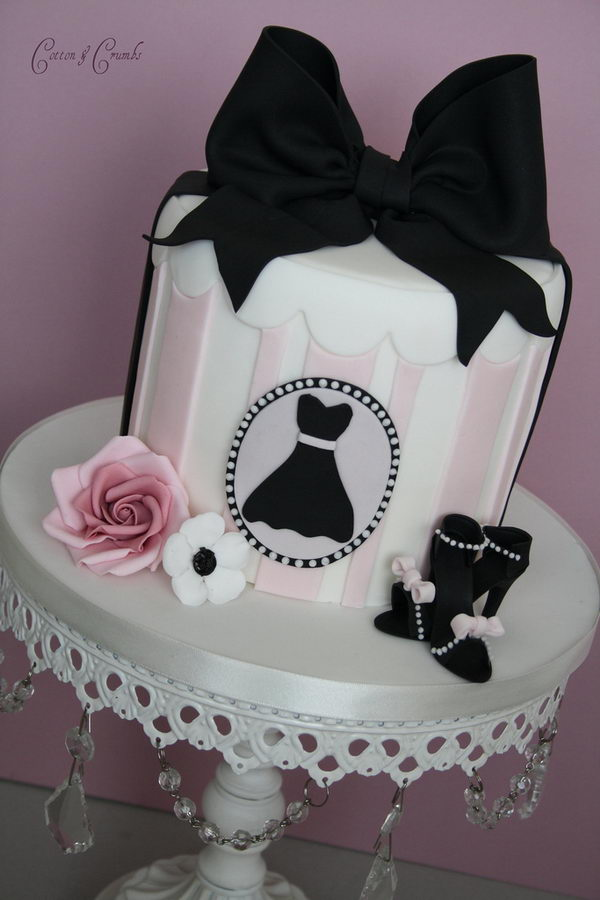 Pink And Black Display Cake