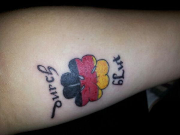 13 german flag and four leaf clover