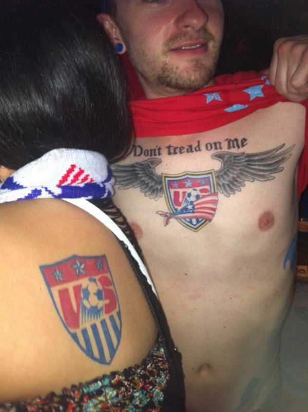 15 dont tread on me with wings and football