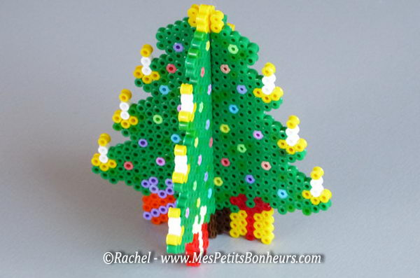 40 creative perler beads ideas hative - Modele de sapin de noel decore ...