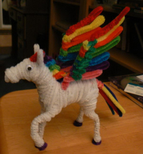 30 rainbow pegasus http://hative.com/pipe-cleaner-animals-for-kids/
