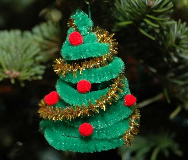 11 diy christmas tree decoration - Pipe Cleaner Christmas Tree