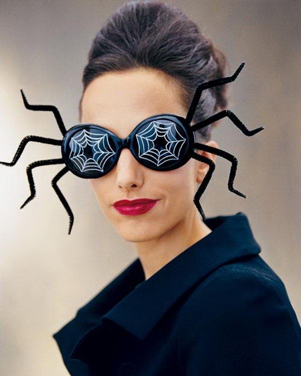 4 spider mask pip cleaner crafts