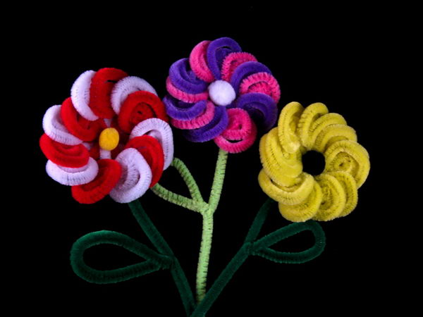 6 pipe cleaner flowers
