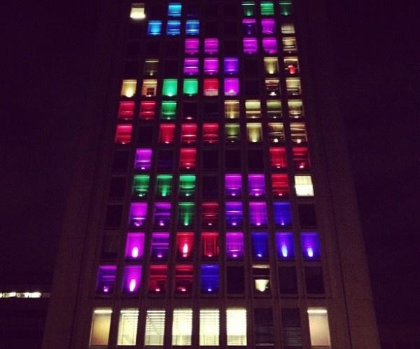 4-campus-buildings-playable-tetris-game