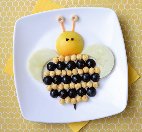 Make Food Fun: Bee Edible Arrangement