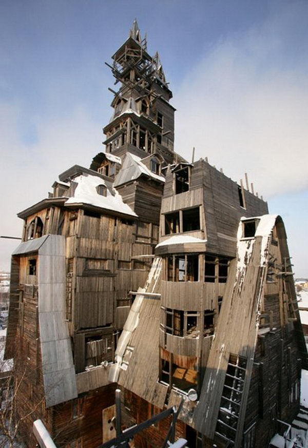Wooden Gagster House (Archangelsk, Russia).