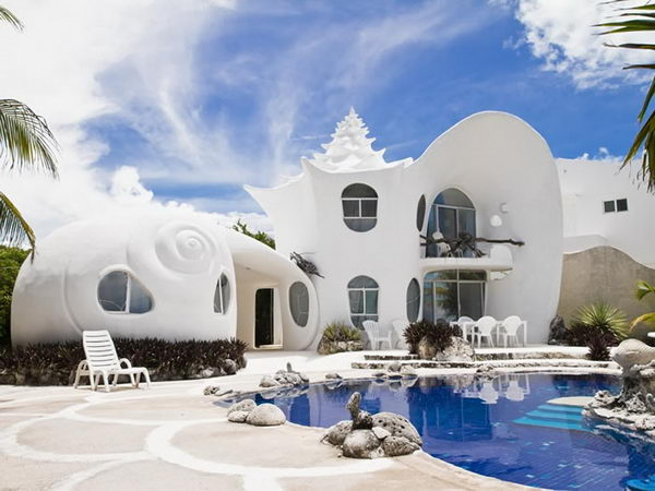 Conch Shell House (Isla Mujeres, Mexico).