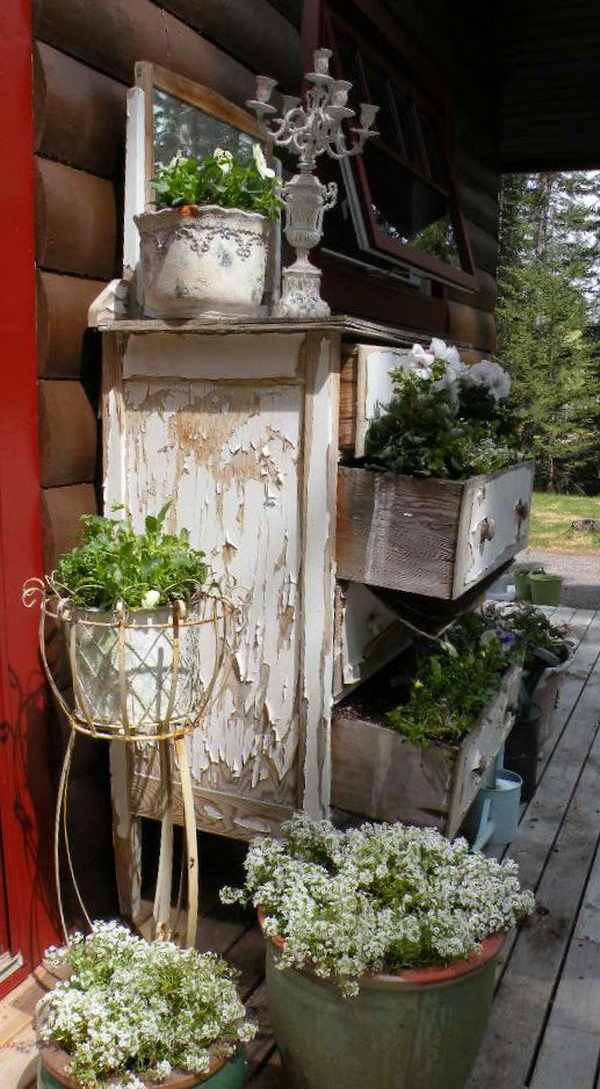 Old Dresser Planter Primitive Decorating Idea,