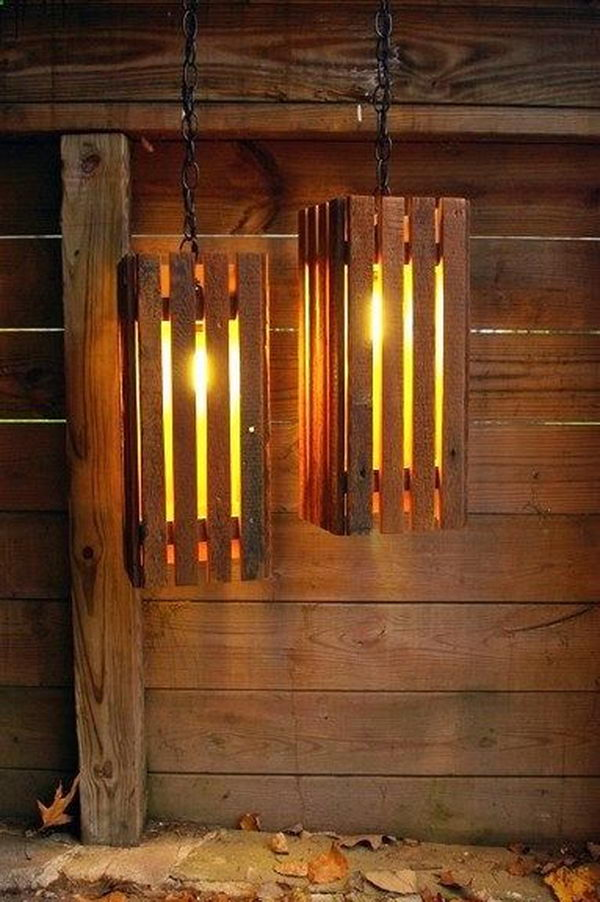 Old Wood Pallets Lamps Primitive Decorating Idea,