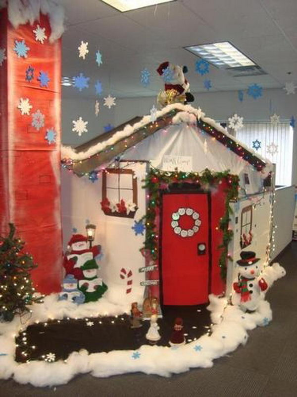 20 creative diy cubicle decorating ideas hative for Creative christmas decorations