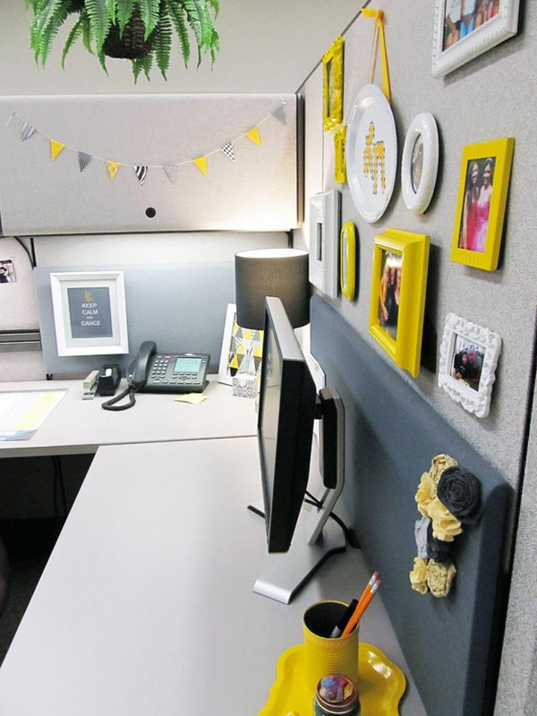 20 creative diy cubicle decorating ideas hative for Office design yellow