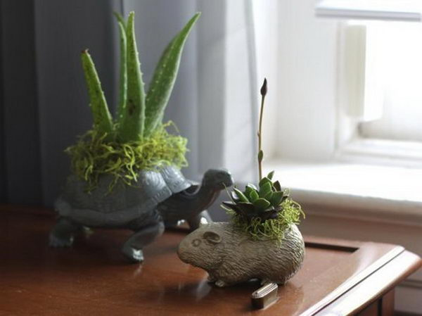 DIY Plastic Animal Planters.