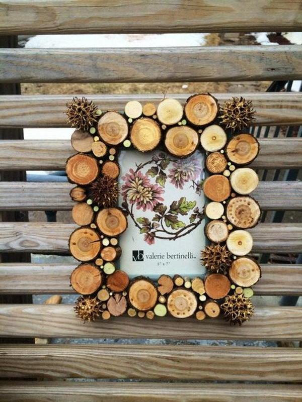Wood Circle Photo Frame.