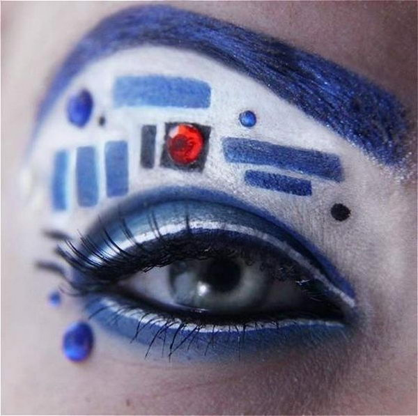 Cool Halloween Eye Makeup Ideas. Try concentrating on your eyes. It is a smaller area but still offers major impact, whether you're going for a sexy cat or scary ghost.
