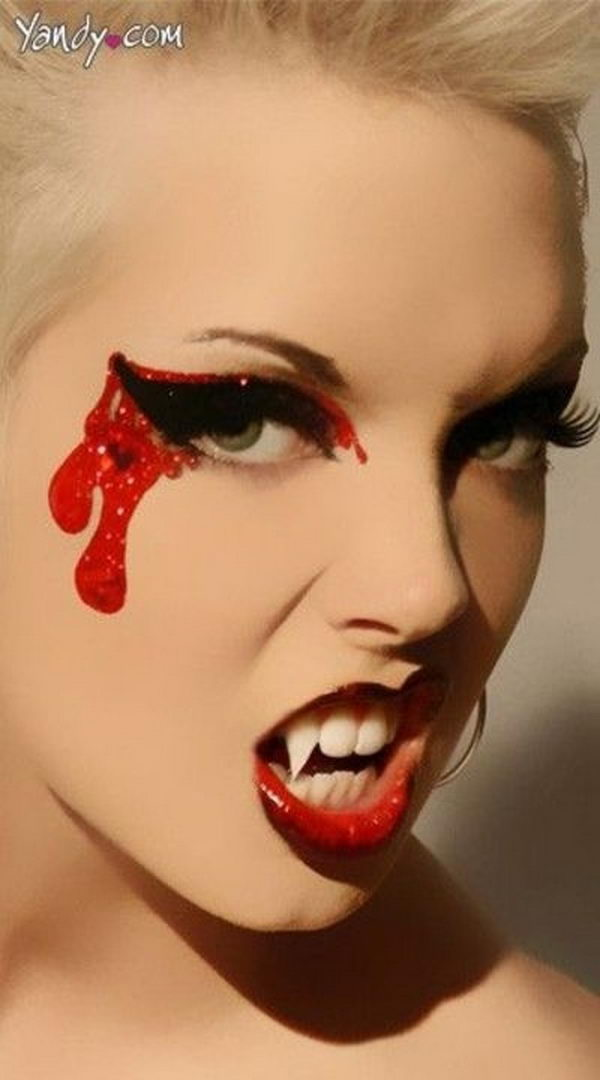 20 Cool Halloween Eye Makeup Ideas - Hative