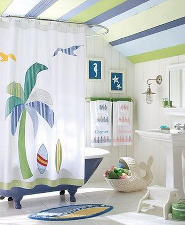 20 creative nautical home decorating ideas hative for Beach themed bathroom decor