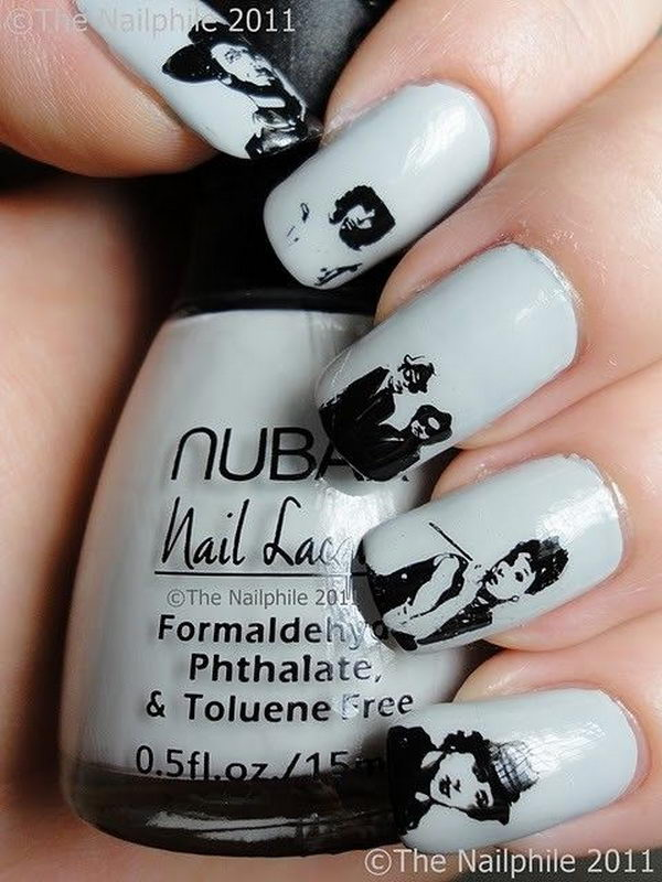 20 Cool Newspaper Nail Art Ideas - Hative