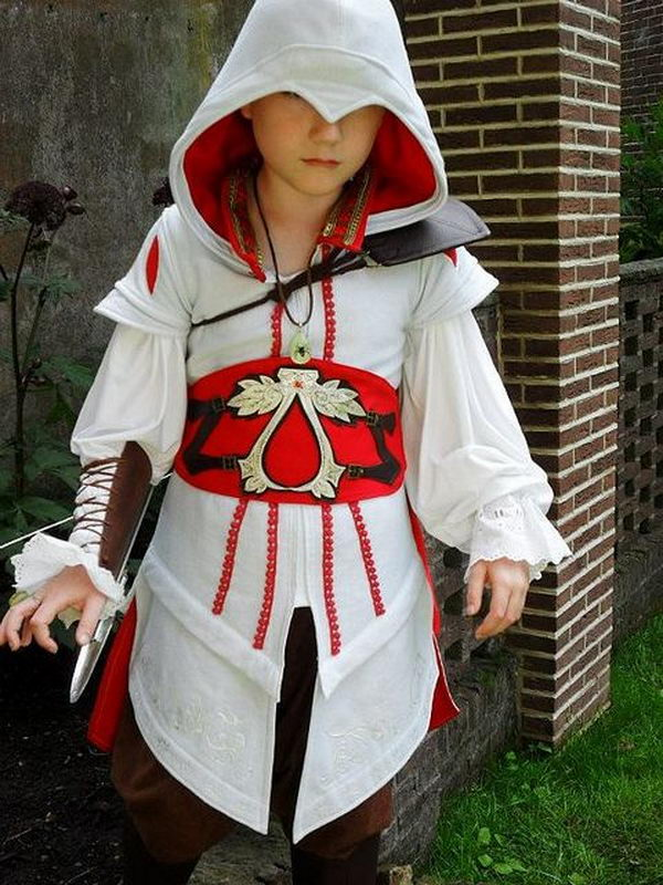 50 Super Cool Character Costume Ideas  Hative - Cool Costumes