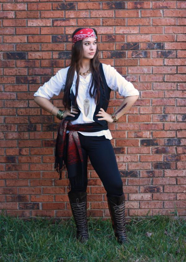 Homemade Pirate Costume. Super Cool Character Costumes. With so many cool costumes to choose from, you have no trouble dressing up as your favorite sexy idol this Halloween.